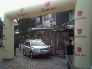 BALON GATE BATIK AIR